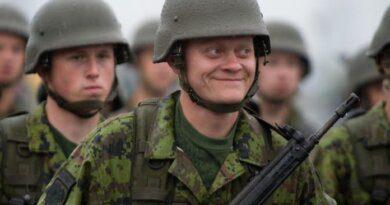 Службу в армии предложили включить в стаж для досрочного выхода на пенсию
