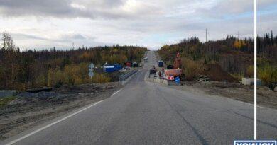 Стали известны подробности падения рабочего с моста под Усинском
