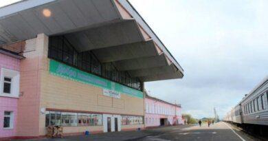 Трех мужчин осудили за кражи на вокзале в Усинске