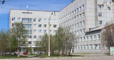 Усинская ЦРБ опубликовала график работы в течение майских праздников