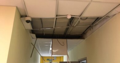 В Коми в новой школе обрушился потолок