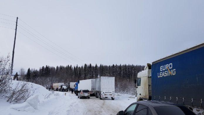 В Коми вводят ограничение на движение большегрузов
