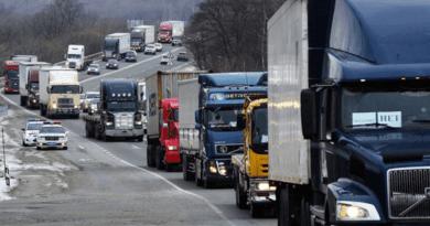 В Москве на год продлили ограничения для большегрузов — Рамблер/авто