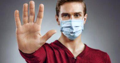 В Петербурге приезжий зарезал мужчину за просьбу надеть маску