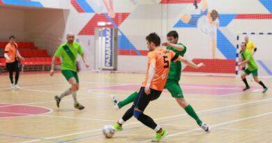 В субботу в Усинске возобновятся игры Чемпионата Усинска по мини-футболу