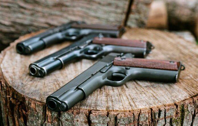 В Усинске на производственной базе изготавливали оружие