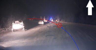 В Усинске Nissan врезался в КамАЗ, пострадали двое детей