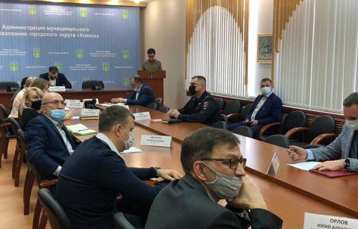 В Усинске обсудили инцидент с порывом технического водовода на Нефтяников