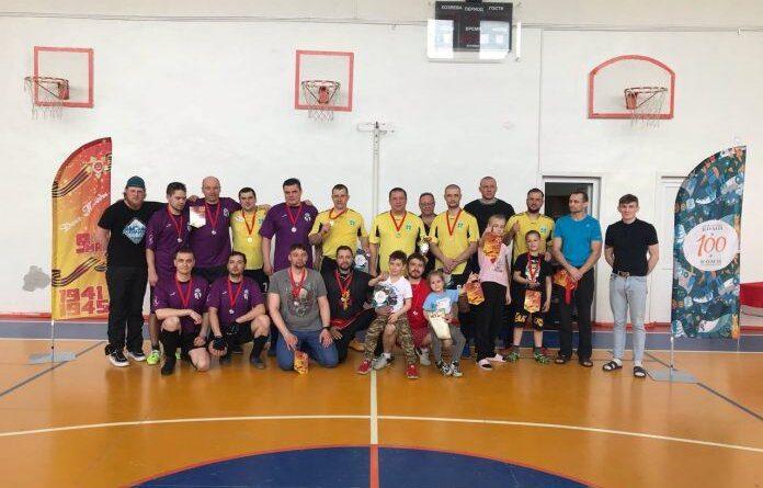 В Усинске прошёл турнир по флорболу