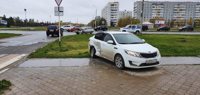 В Усинске в результате ДТП пострадала водитель иномарки