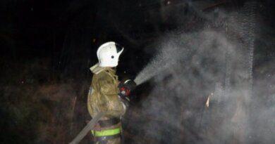 Вчера в Усинске при тушении КамАЗа пострадал мужчина