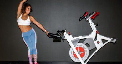 Велотренажер для домашних тренировок: как похудеть к бархатному сезону