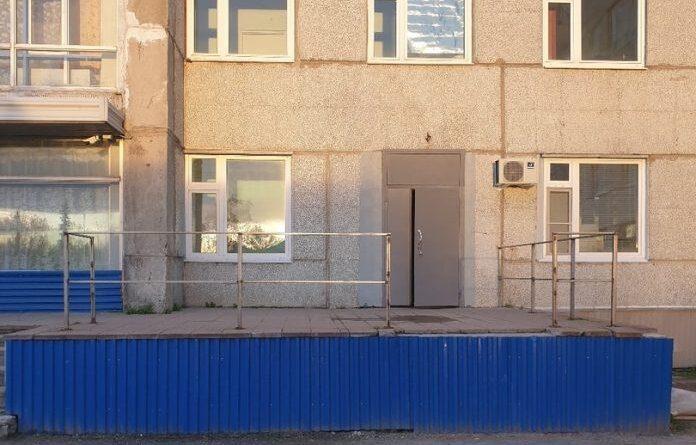 Вход в поликлинику Усинска временно изменят