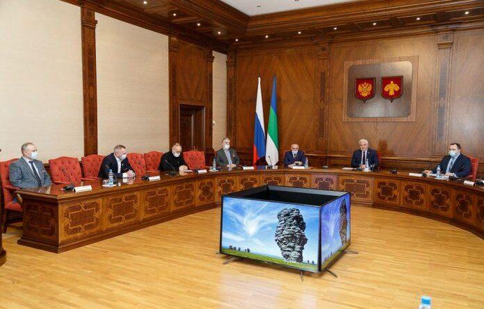 Владимир Уйба обсудил с ветеранами боевых действий вопросы военно-патриотического воспитания детей и молодёжи