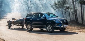 Внедорожник Toyota Fortuner подорожал и получил новую комплектацию в России