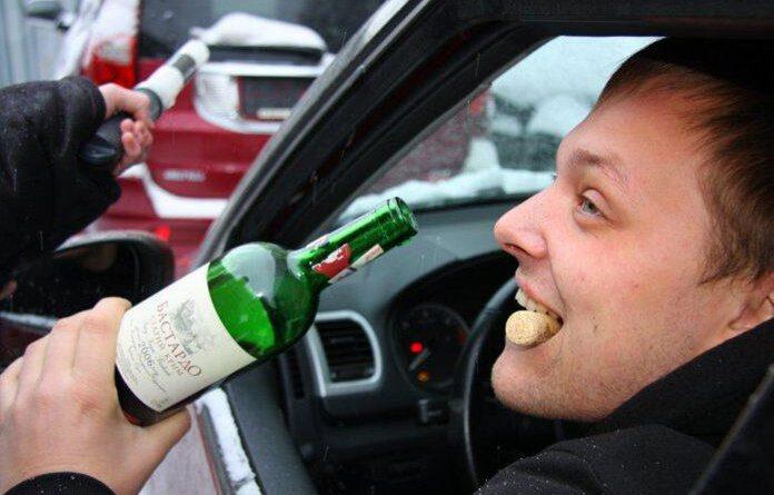 """Восемь нетрезвых водителей за рулём – """"улов"""" в Усинске за неделю"""