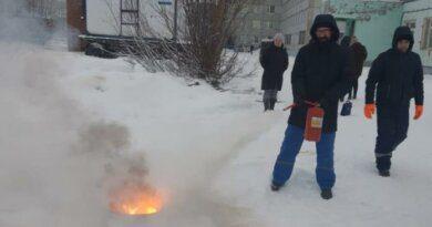 Врачи в Усинске умеют не только лечить, но и с огнём справляться