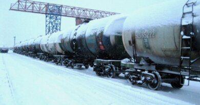 Взятка в 1,5 млн рублей помогла отправить из Усинска 367 цистерн газового конденсата
